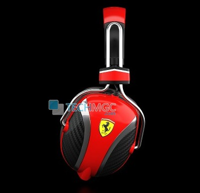 Ferrar earphone side view